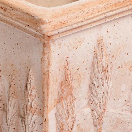 TI Toscana doniczkaceramiczna bezowa kwadratowa cyprysy glowne 1 450x450 - TI Toscana <br>kwadratowa